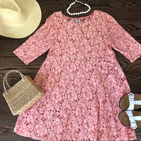 ff700c896fd Free People Dresses   Skirts - 🌟HP🌟 Free People coral lace dress